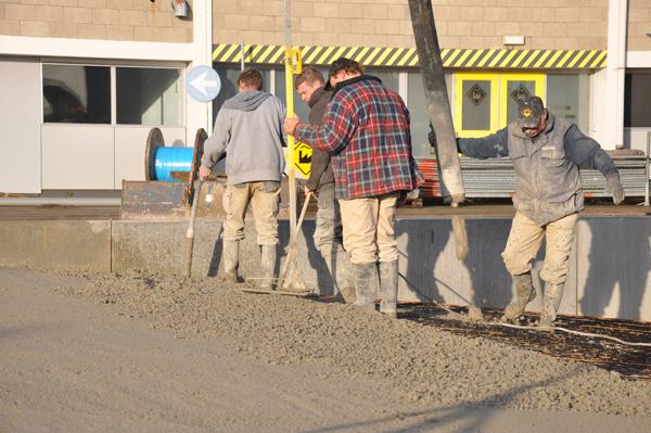Laaddocks betonstort enon foto's hellingsbaanverwarming